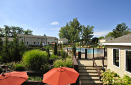 view of outdoor swimming pool